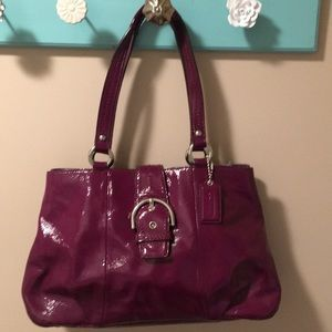 Coach purse- fun color and looks new!